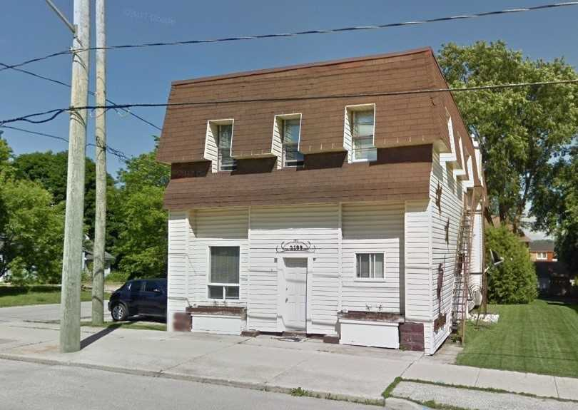 pictures of house for sale MLS: X4665265 located at 2199 4th Ave W, Owen Sound N4K4Y6