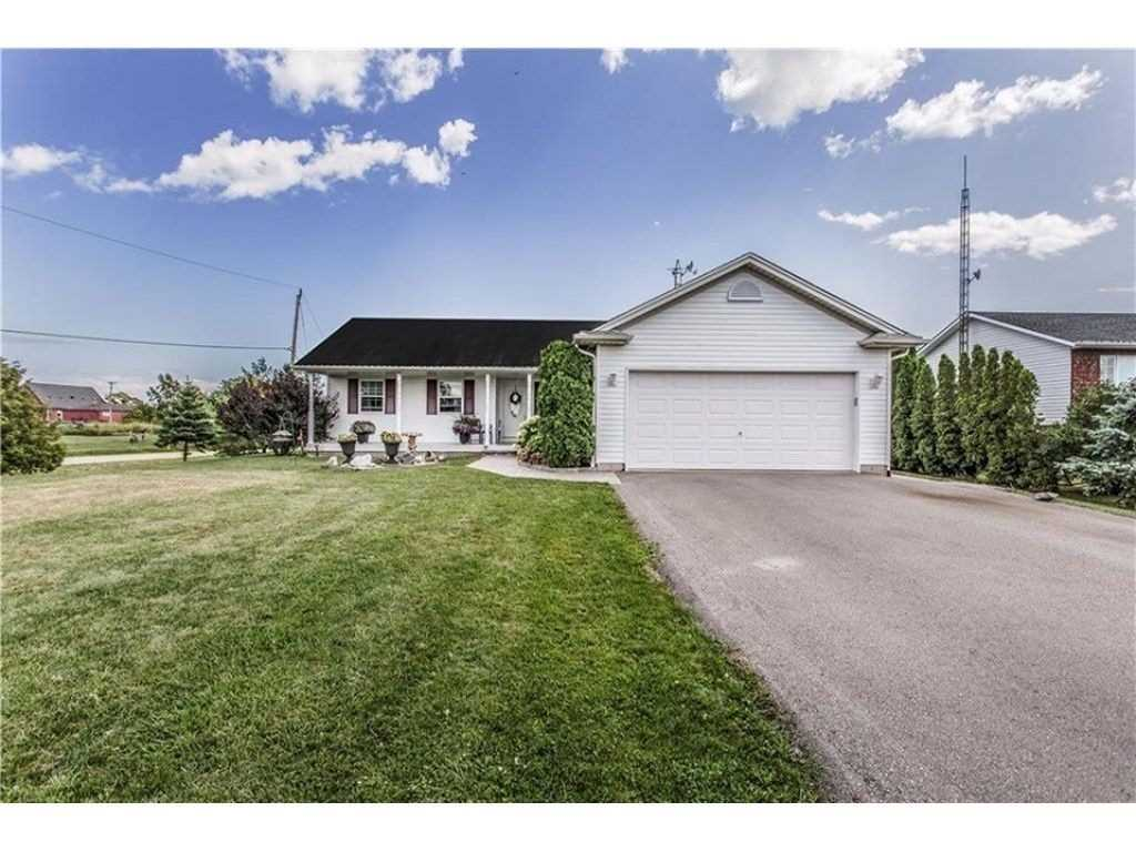pictures of house for sale MLS: X4666033 located at 102 Saturn St, Haldimand N0A1K0