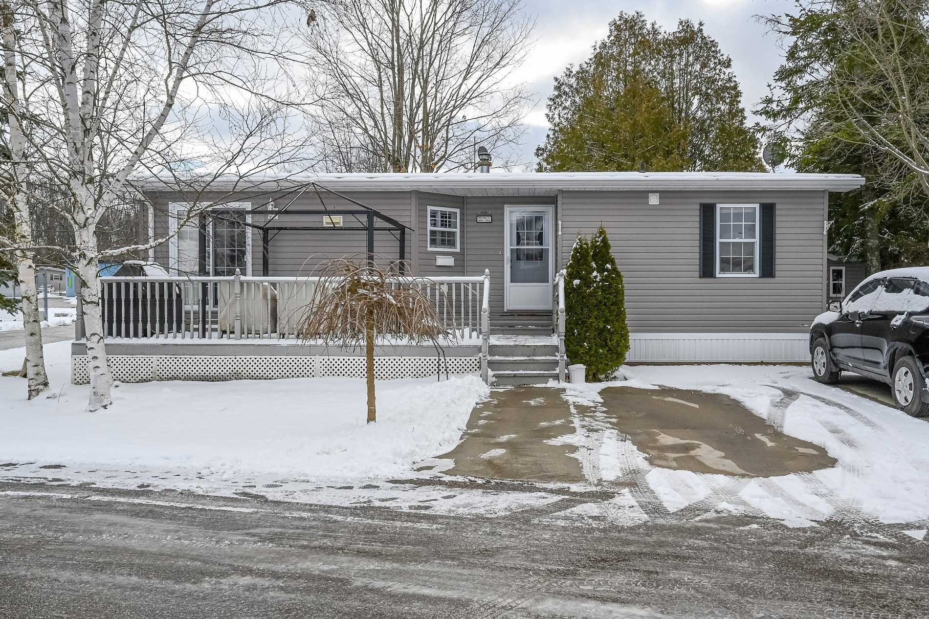 pictures of house for sale MLS: X4666973 located at 40 Bullfrog Dr, Puslinch N0B2C0