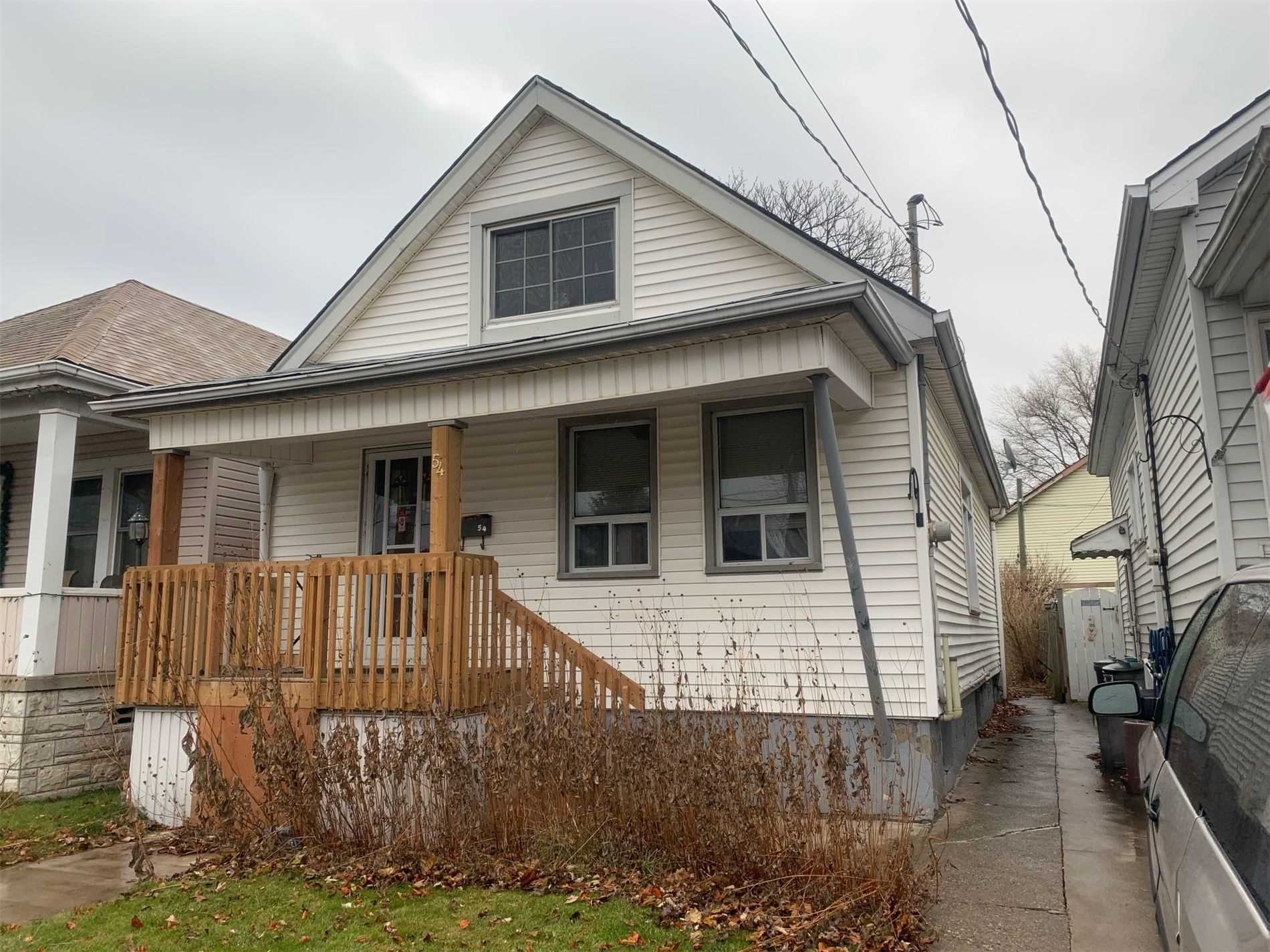 pictures of house for sale MLS: X4672525 located at 54 Robins Ave, Hamilton L8H4N2