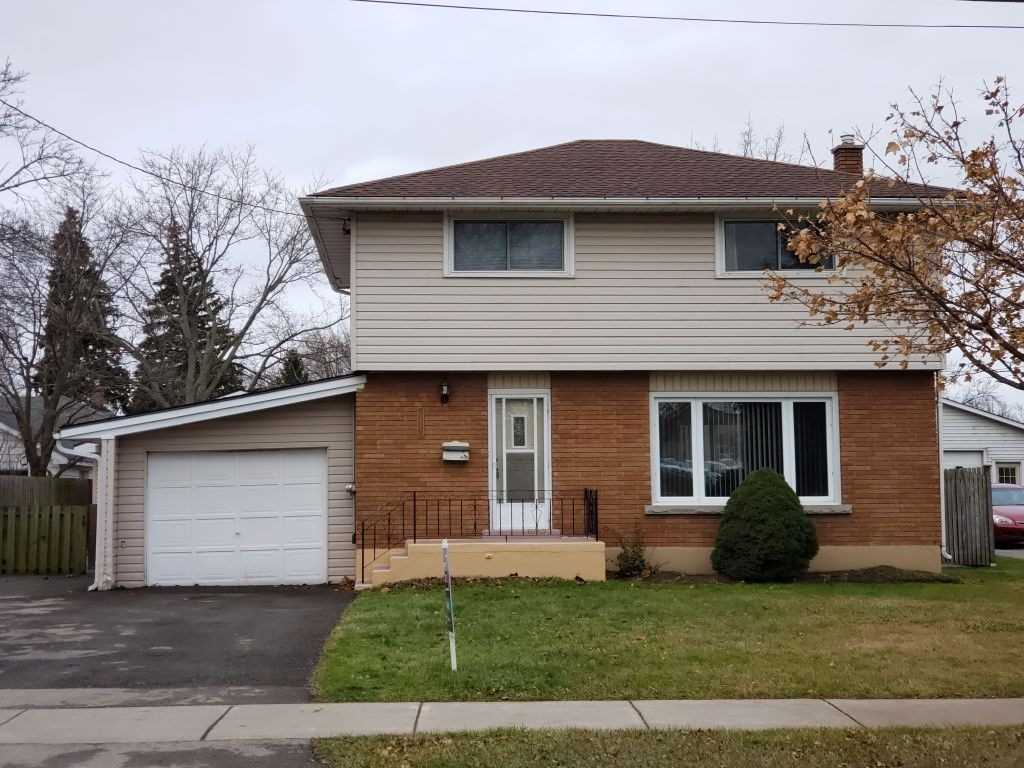 pictures of house for sale MLS: X4675760 located at 251 Thorold Rd, Welland L3C3W1