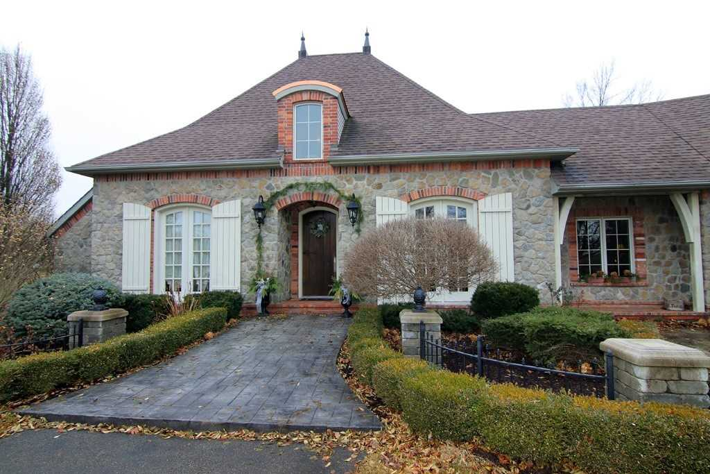 pictures of house for sale MLS: X4676770 located at 50668 Green Rd S, Wainfleet L0S1V0