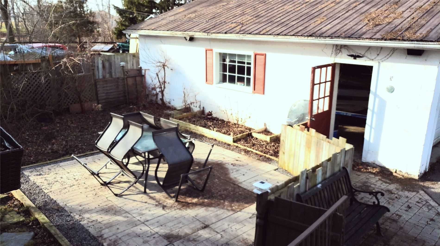 Image 9 of 20 showing inside of 3 Bedroom Detached 2-Storey house for sale at 31962 Clarendon St W, Wainfleet L0S1V0