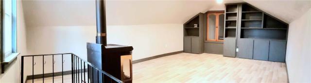 Image 20 of 20 showing inside of 3 Bedroom Detached 2-Storey house for sale at 31962 Clarendon St W, Wainfleet L0S1V0
