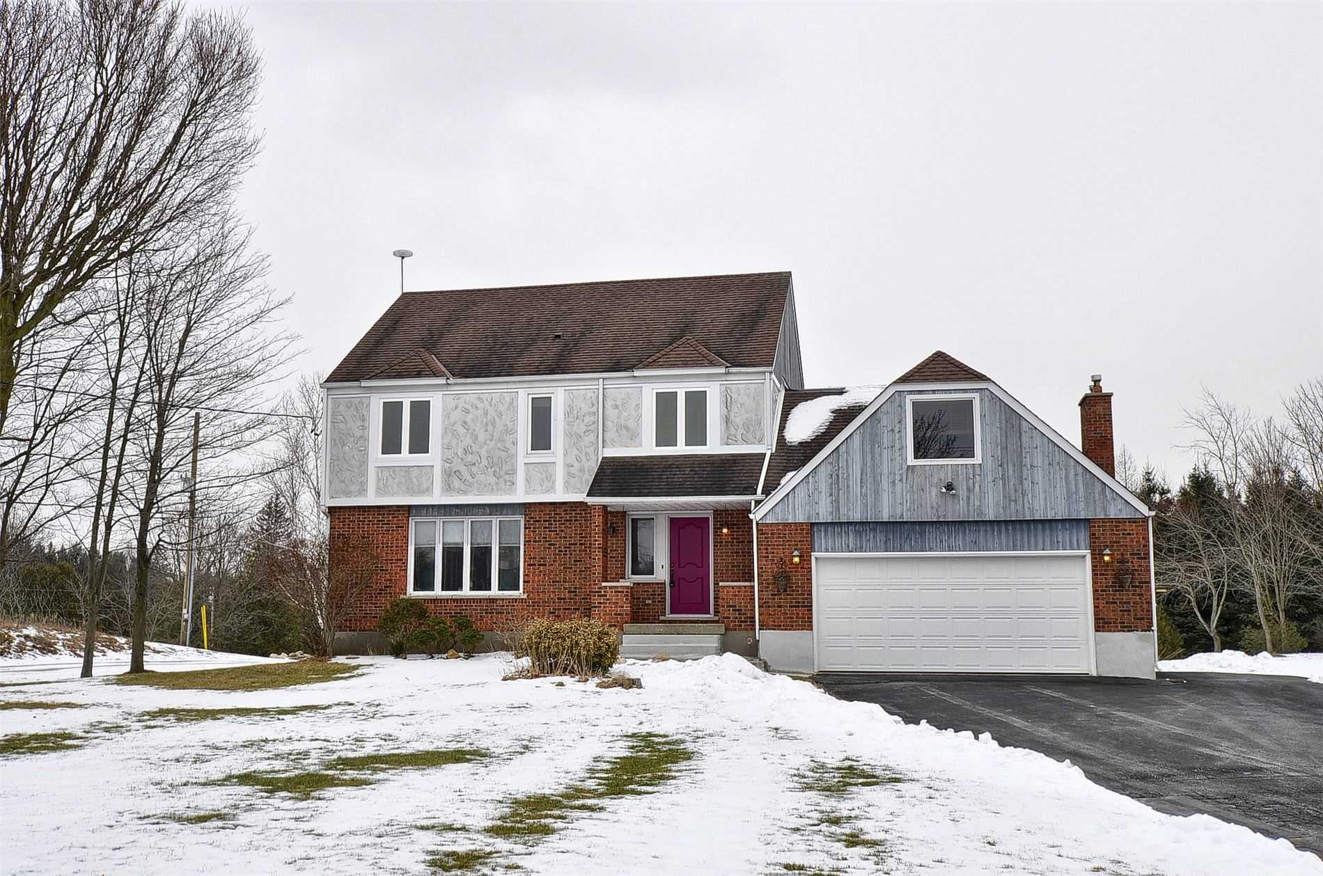 pictures of house for sale MLS: X4682091 located at 6843 Wellington Rd 34 Rd, Puslinch N3C2V4