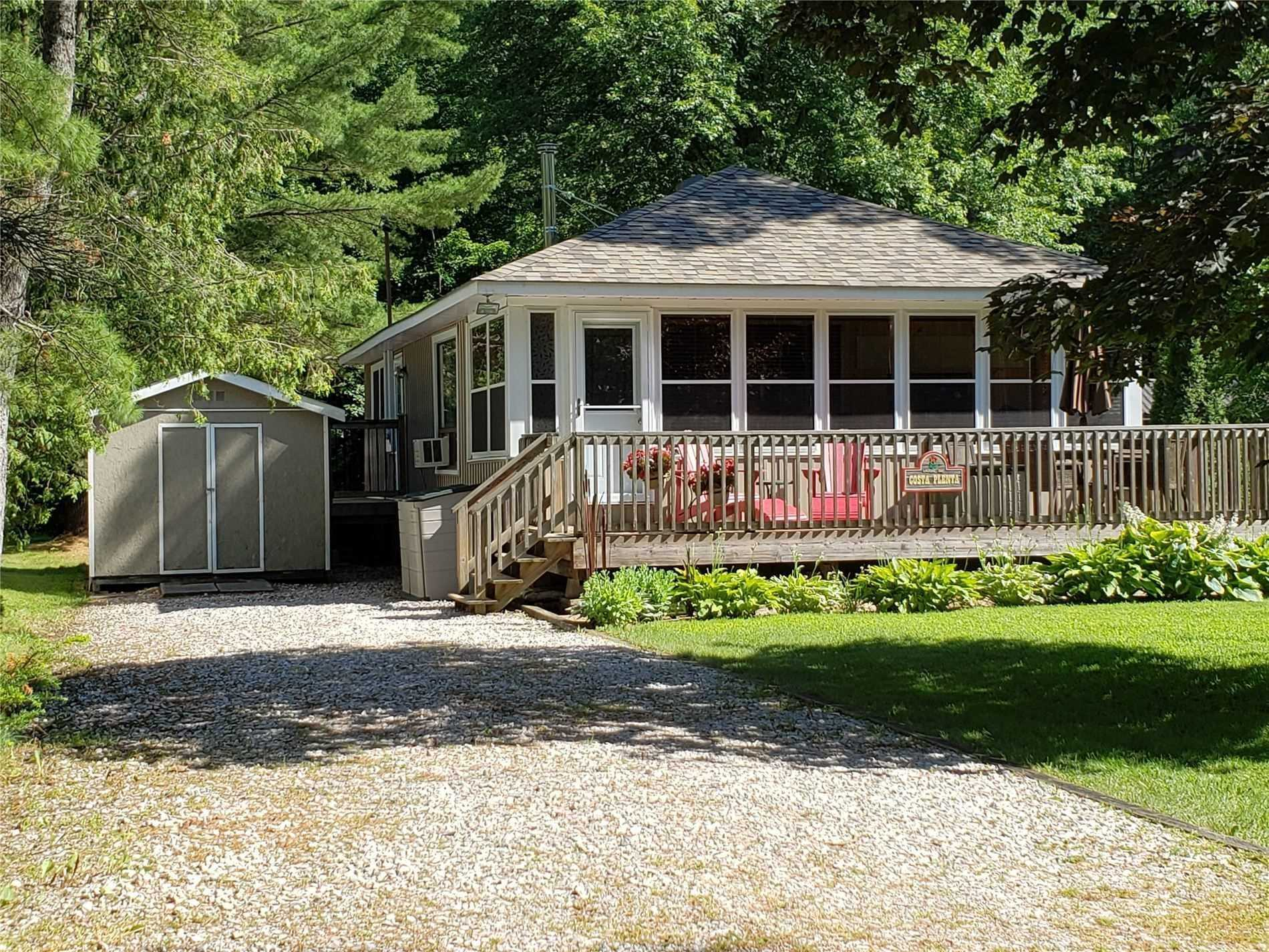 pictures of house for sale MLS: X4682132 located at 1052 Shallow Bay Rd, Gravenhurst P0E1N0