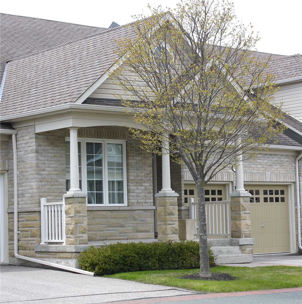 pictures of house for sale MLS: X4685950 located at 17 Shortreed Lane, Port Hope L1A0A4