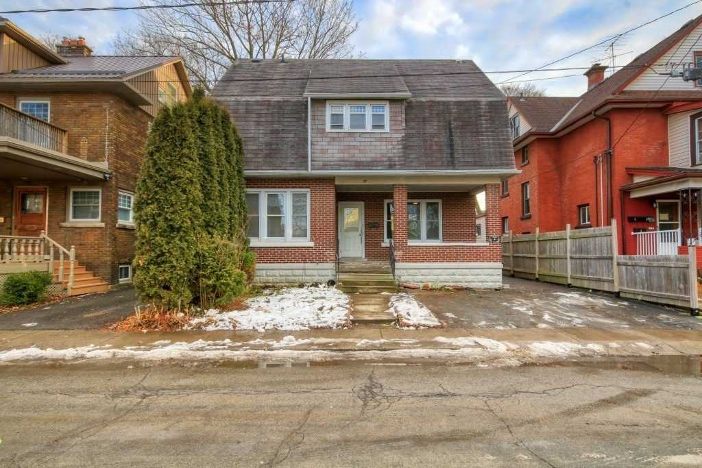 pictures of house for sale MLS: X4686822 located at 27 Avenue Pl, Welland L3B4B2