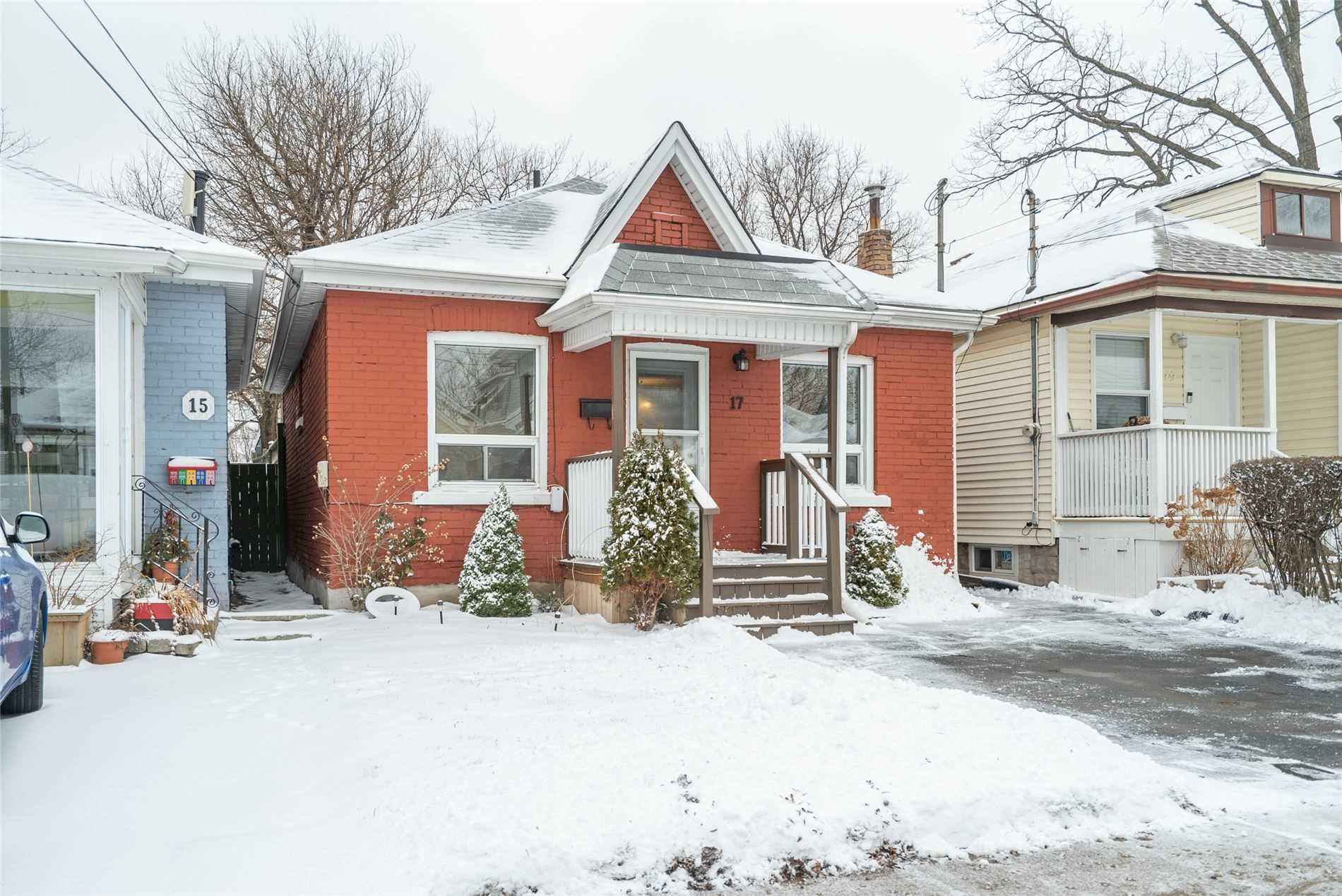 pictures of house for sale MLS: X4687108 located at 17 Alice St, Hamilton L8H4R2