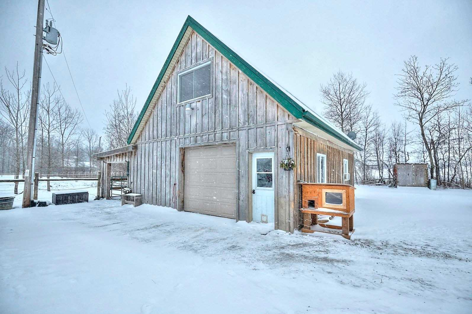 pictures of house for sale MLS: X4687534 located at 50870 O'reillys Rd S, Wainfleet L0S1V0
