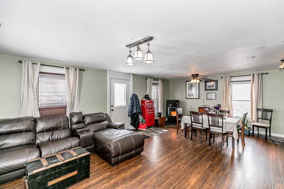 Image 10 of 14 showing inside of 3 Bedroom Detached 1 1/2 Storey house for sale at 9094 Hwy #6 Rd, Wellington North N0G2E0