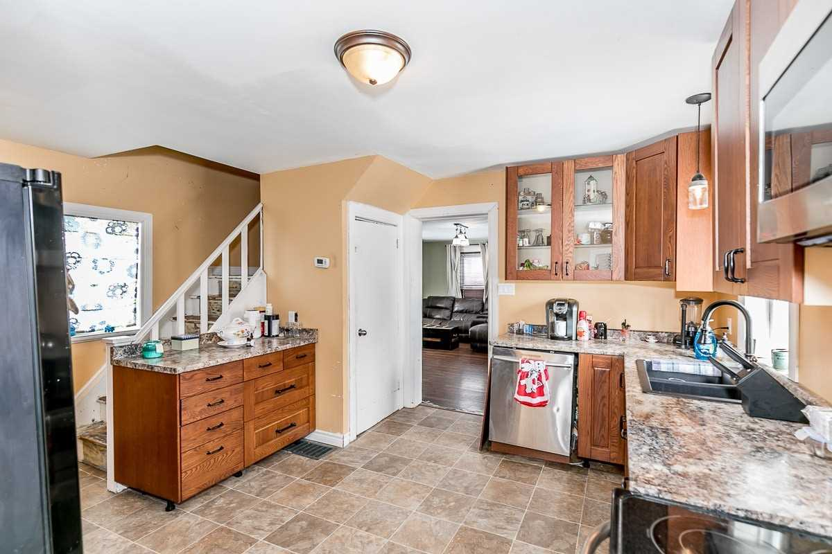 Image 14 of 14 showing inside of 3 Bedroom Detached 1 1/2 Storey house for sale at 9094 Hwy #6 Rd, Wellington North N0G2E0