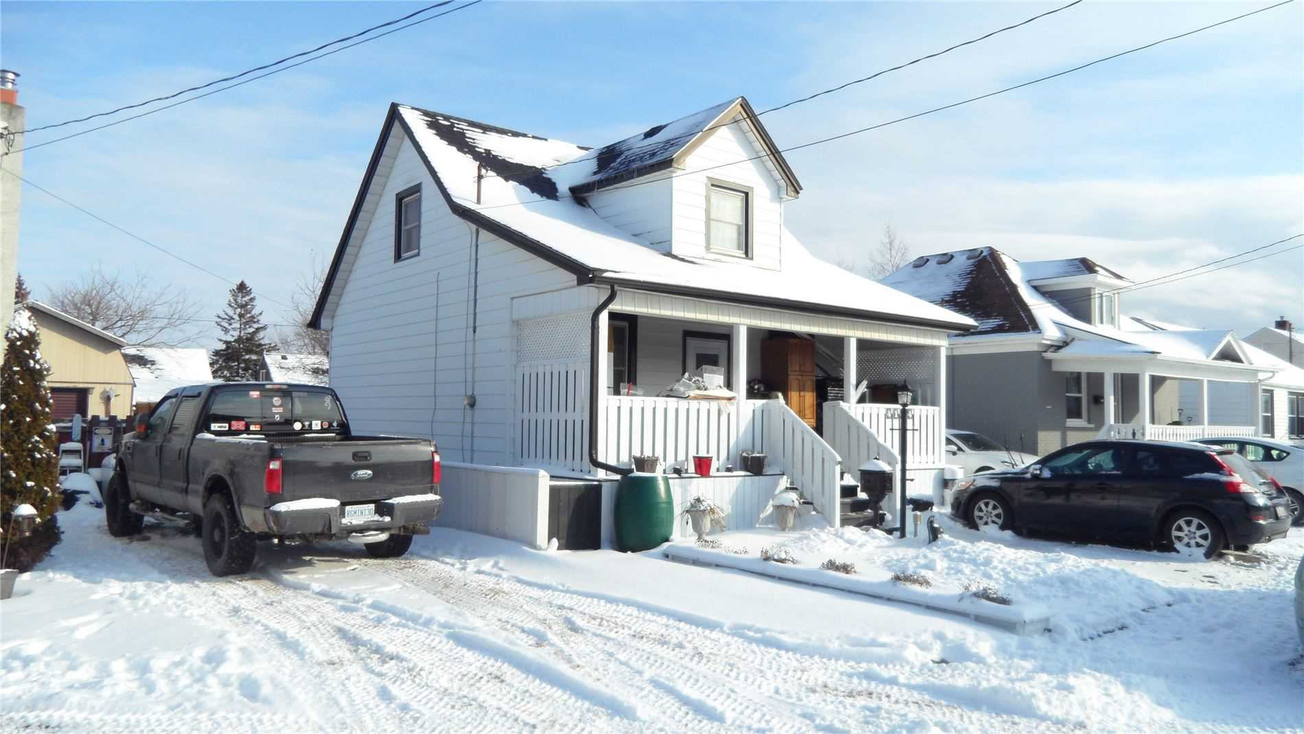 pictures of house for sale MLS: X4688264 located at 4104 Muir  Ave, Niagara Falls L2E3L3