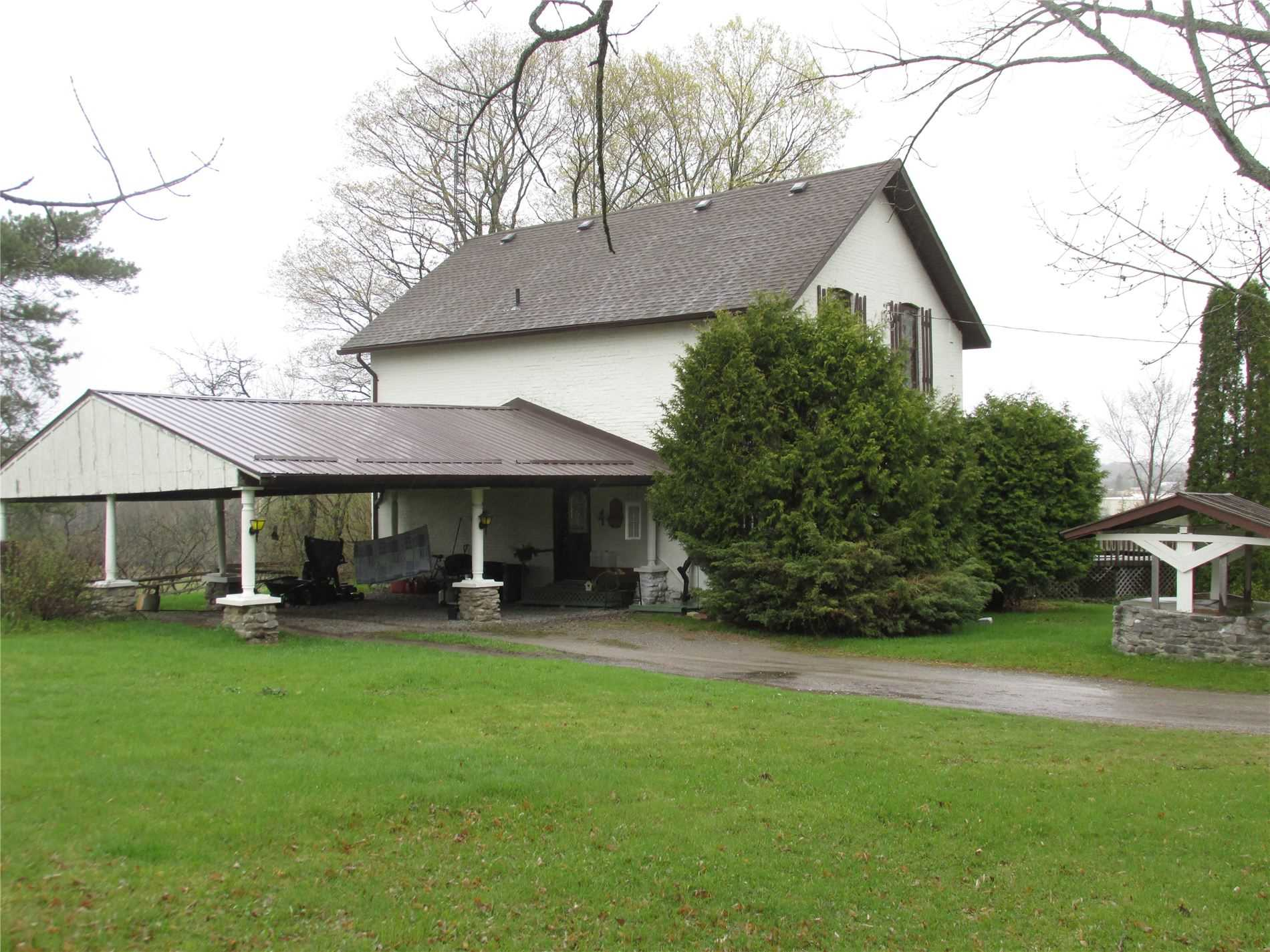 pictures of house for sale MLS: X4688458 located at 551 County Rd 121, Kawartha Lakes K0M1N0