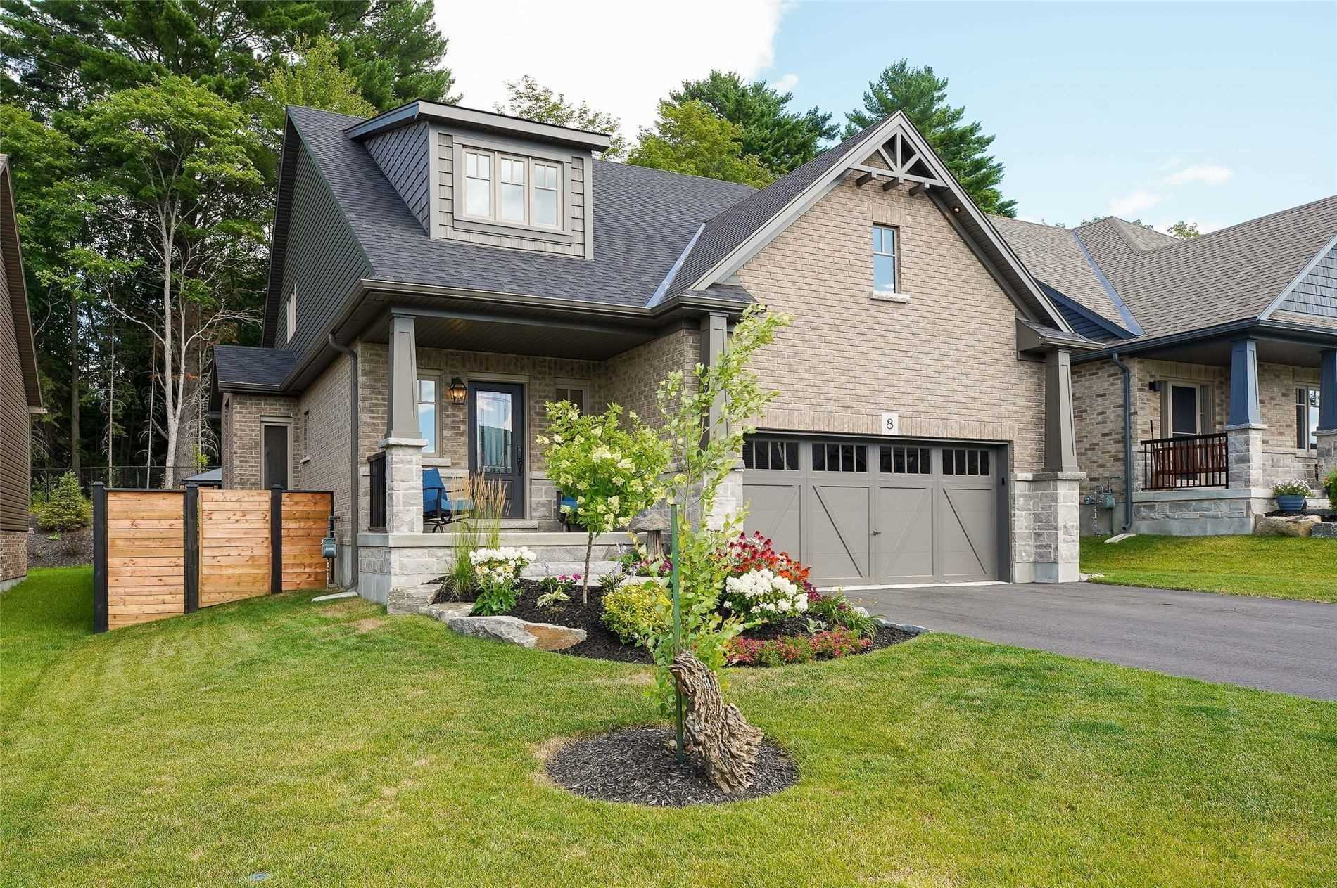 pictures of house for sale MLS: X4688563 located at 8 Braeside Cres, Huntsville P1H0C5