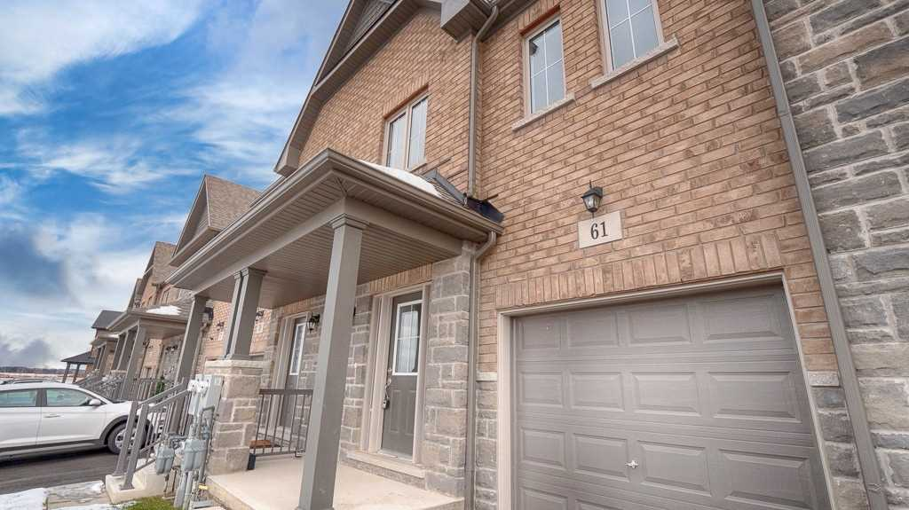 pictures of house for sale MLS: X4690498 located at 61 Sunset Way, Thorold L0S1A0