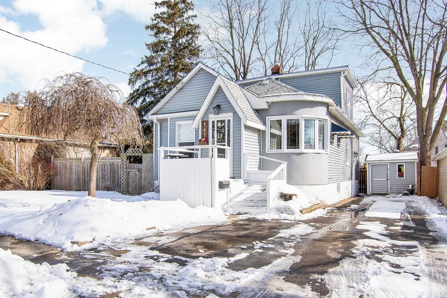 pictures of house for sale MLS: X4692597 located at 141 Forest Rd, Cambridge N1S3B6