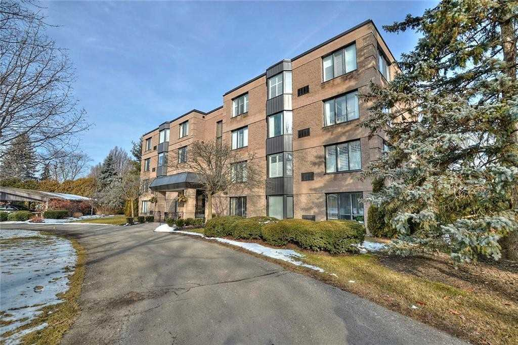 pictures of 61 Paffard St, Niagara-on-the-Lake L0S1J0