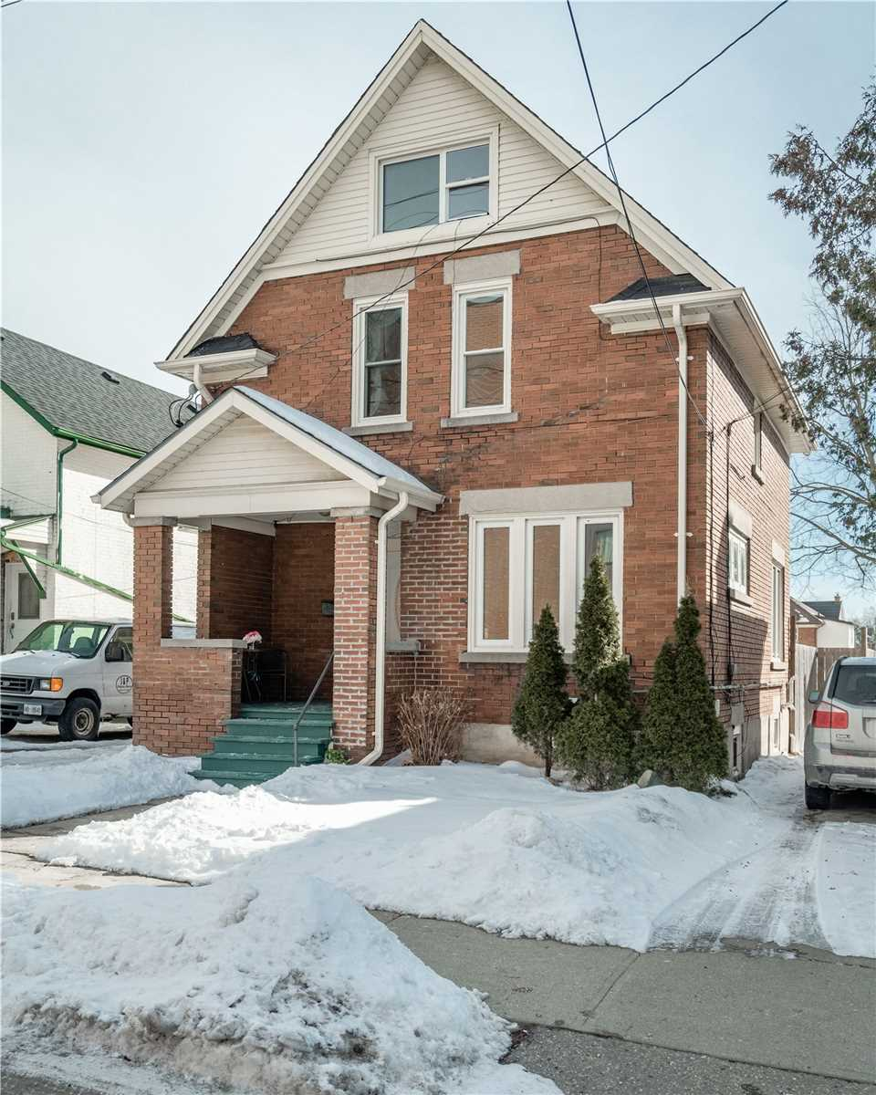 pictures of house for sale MLS: X4696215 located at 173 Madison Ave S, Kitchener N2G3M7