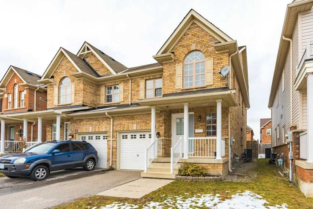 pictures of house for sale MLS: X4696645 located at 36 Haynes Crt, Niagara-on-the-Lake L0S1J0