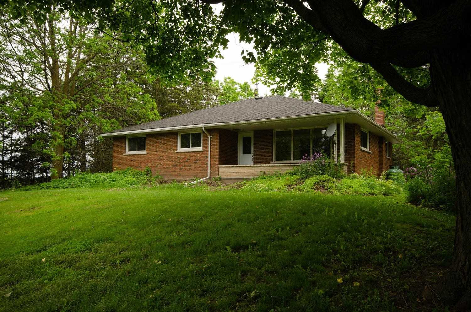 pictures of house for sale MLS: X4696894 located at 7296 Dale Rd, Hamilton Township K9A4J7