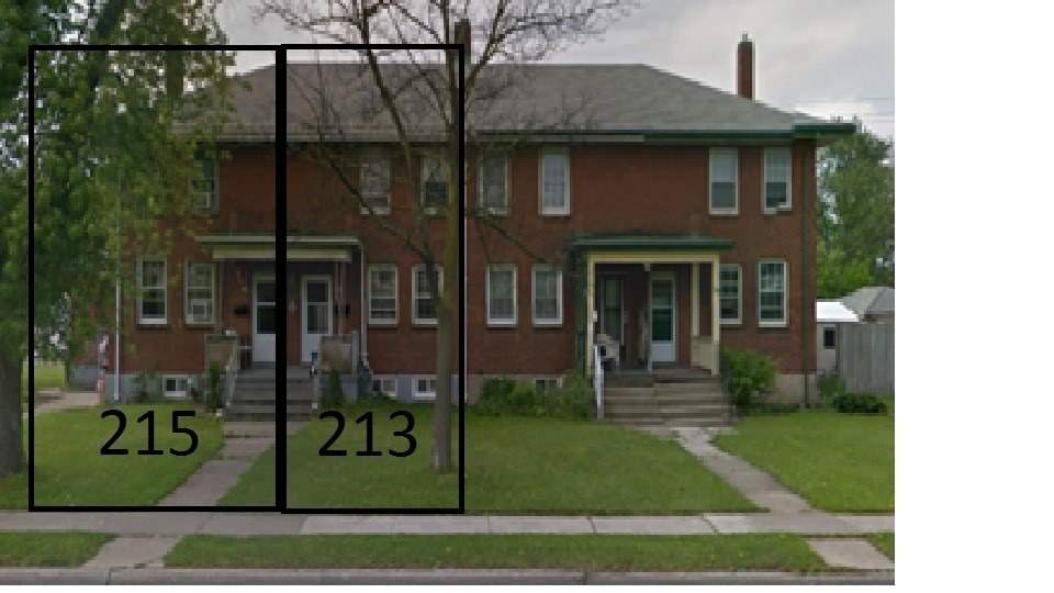 pictures of house for sale MLS: X4697055 located at 213-215 Lincoln St, Welland L3B4M8