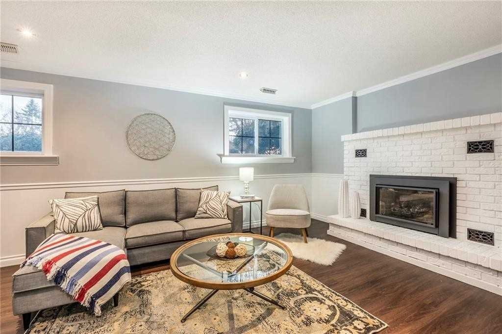 Image 6 of 16 showing inside of 2 Bedroom Detached Bungalow-Raised house for sale at 47 Spruceside Cres, Pelham L0S1E1