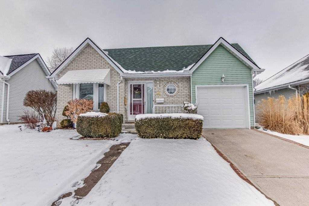 pictures of house for sale MLS: X4705692 located at 20 Seres Dr, Tillsonburg N4G5G1