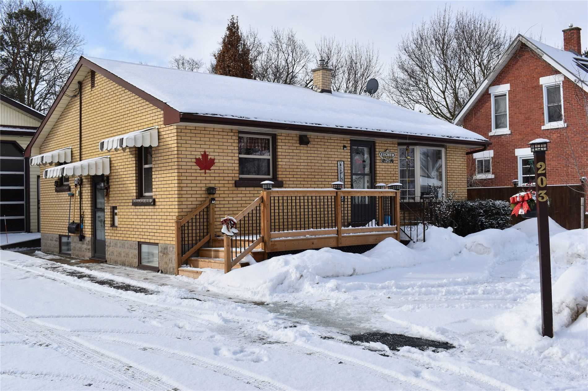 pictures of house for sale MLS: X4708201 located at 203 8th St, Hanover N4N1J4