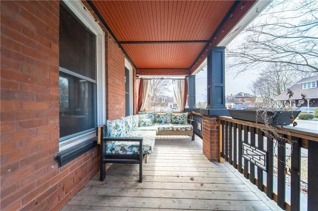 pictures of house for sale MLS: X4711380 located at 11 First Ave, Brant N3S6R9
