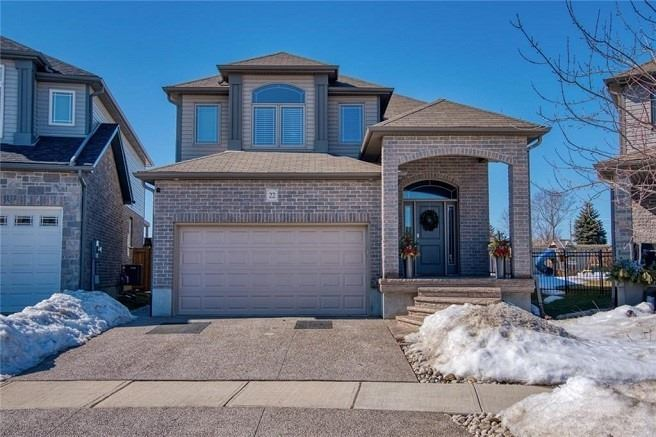 pictures of house for sale MLS: X4714865 located at 22 Maplecrest Dr, Woolwich N0B1N0