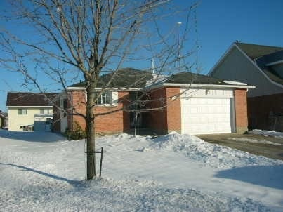 pictures of 613 Canfield Pl, Shelburne L9V3A5