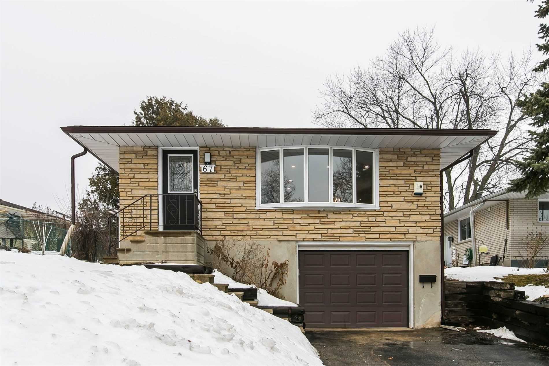 pictures of house for sale MLS: X4718485 located at 67 Pinedale Dr, Kitchener N2E1J9