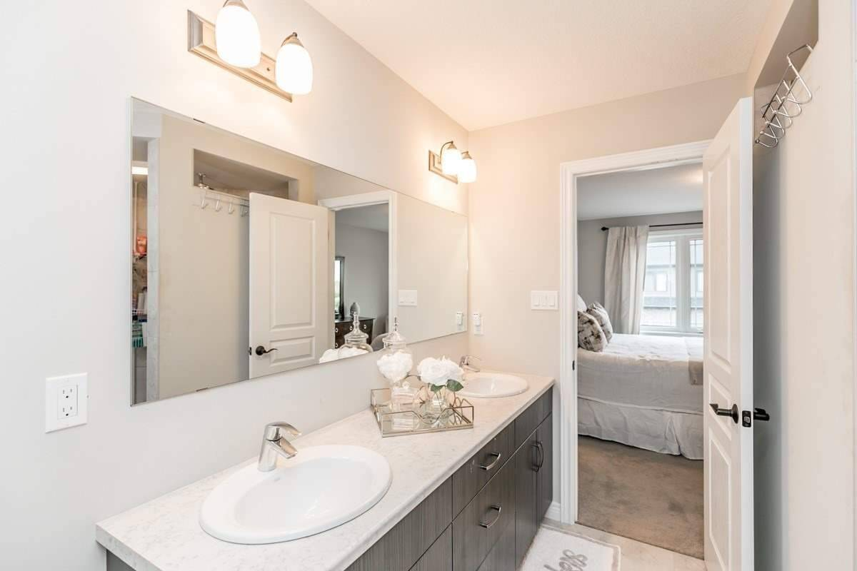 Image 11 of 20 showing inside of 3 Bedroom Condo Townhouse 2-Storey for Sale at 19 Lawson St Unit# 13, East Luther Grand Valley L9W7P1