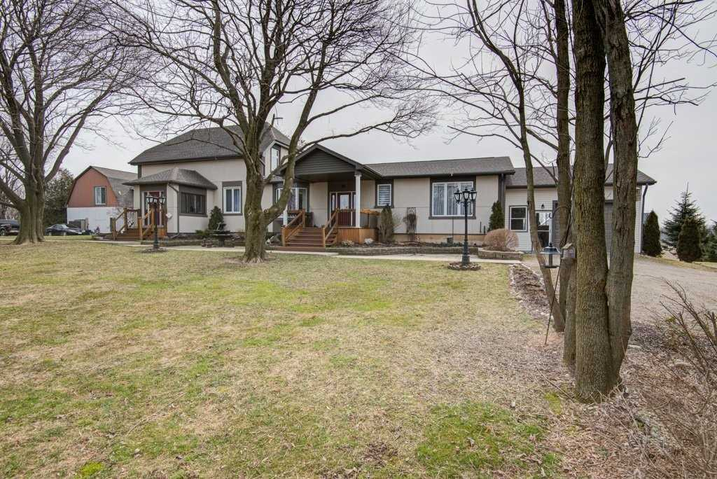 pictures of house for sale MLS: X4727489 located at 383338 Salford Dr, Ingersoll N0J1W0