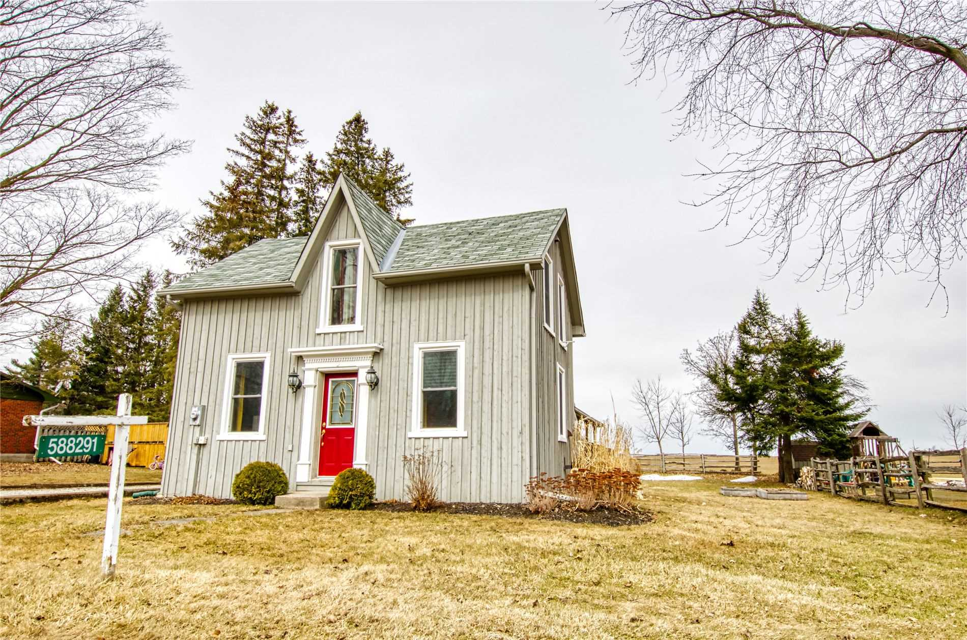 pictures of house for sale MLS: X4727733 located at 588291 County Road 17 Rd, Mulmur L9V0S7