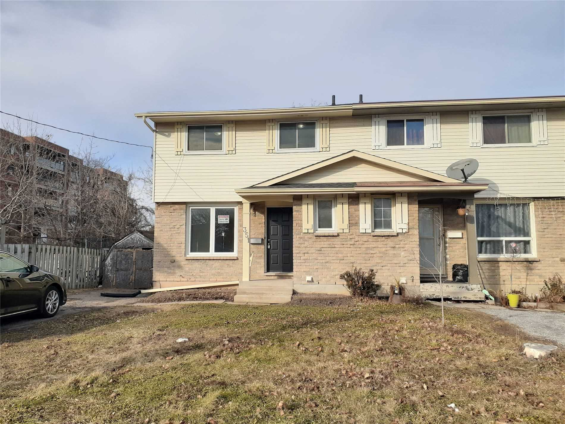 pictures of house for sale MLS: X4728012 located at 351 Carlton St, St. Catharines L2N1C2