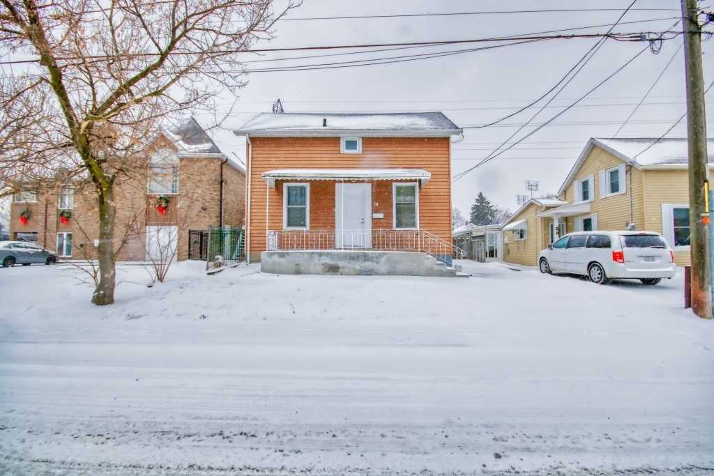pictures of house for sale MLS: X4728423 located at 30 Elm St, St. Catharines L2P2B7