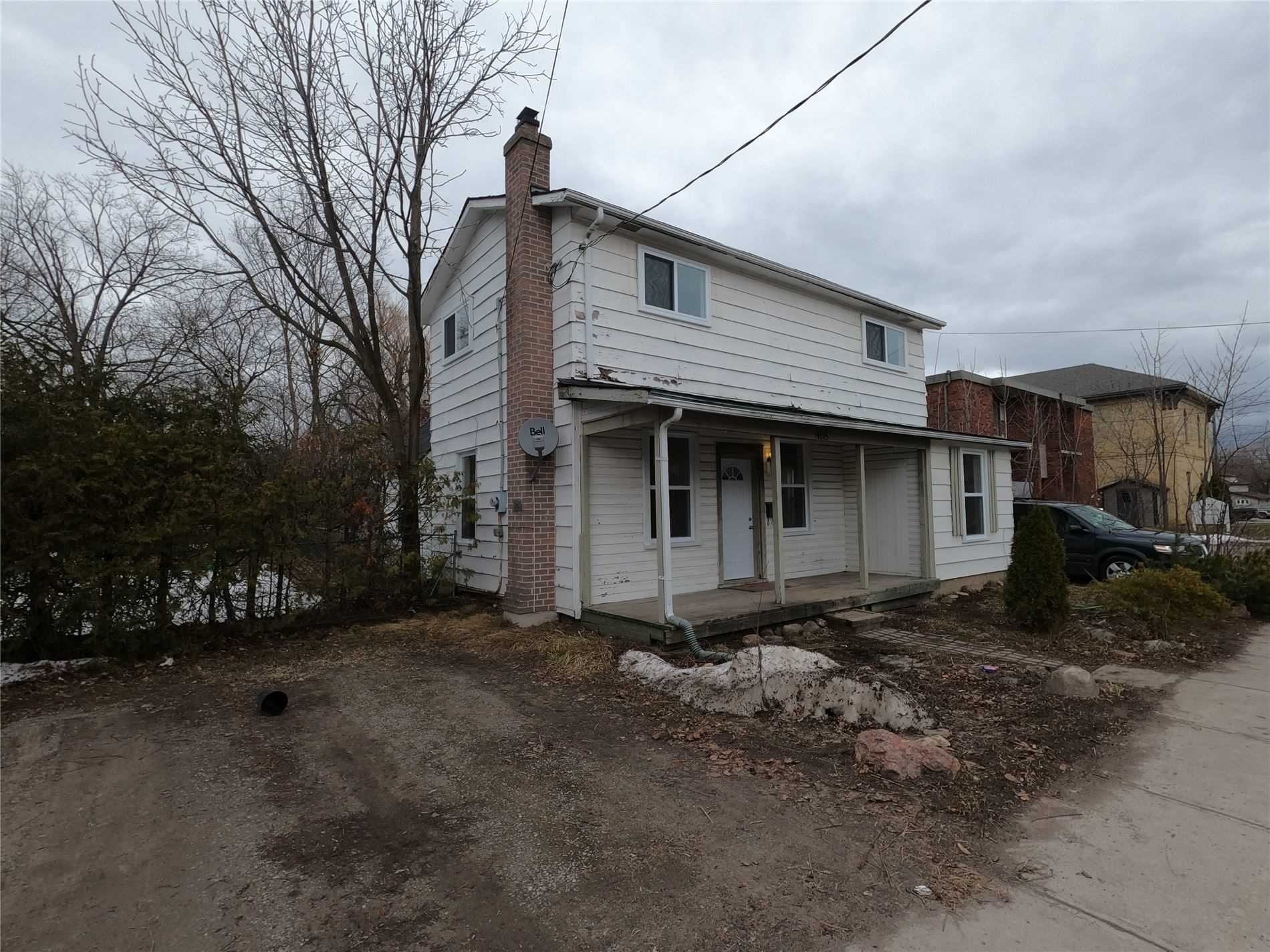 pictures of house for sale MLS: X4728521 located at 468 Murray St, Peterborough K9H2T8