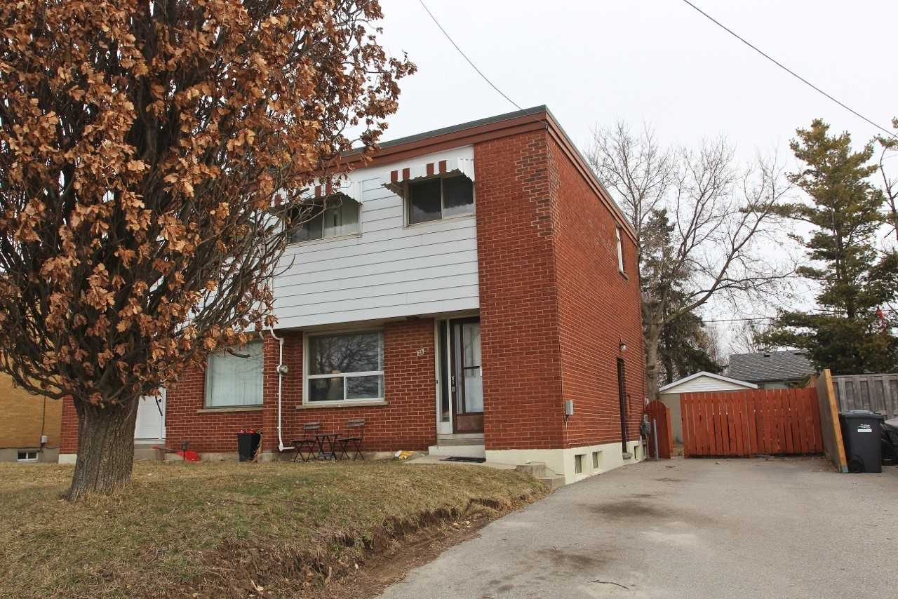 pictures of house for sale MLS: X4728588 located at 23 Westgate Dr, Guelph N1H5N6