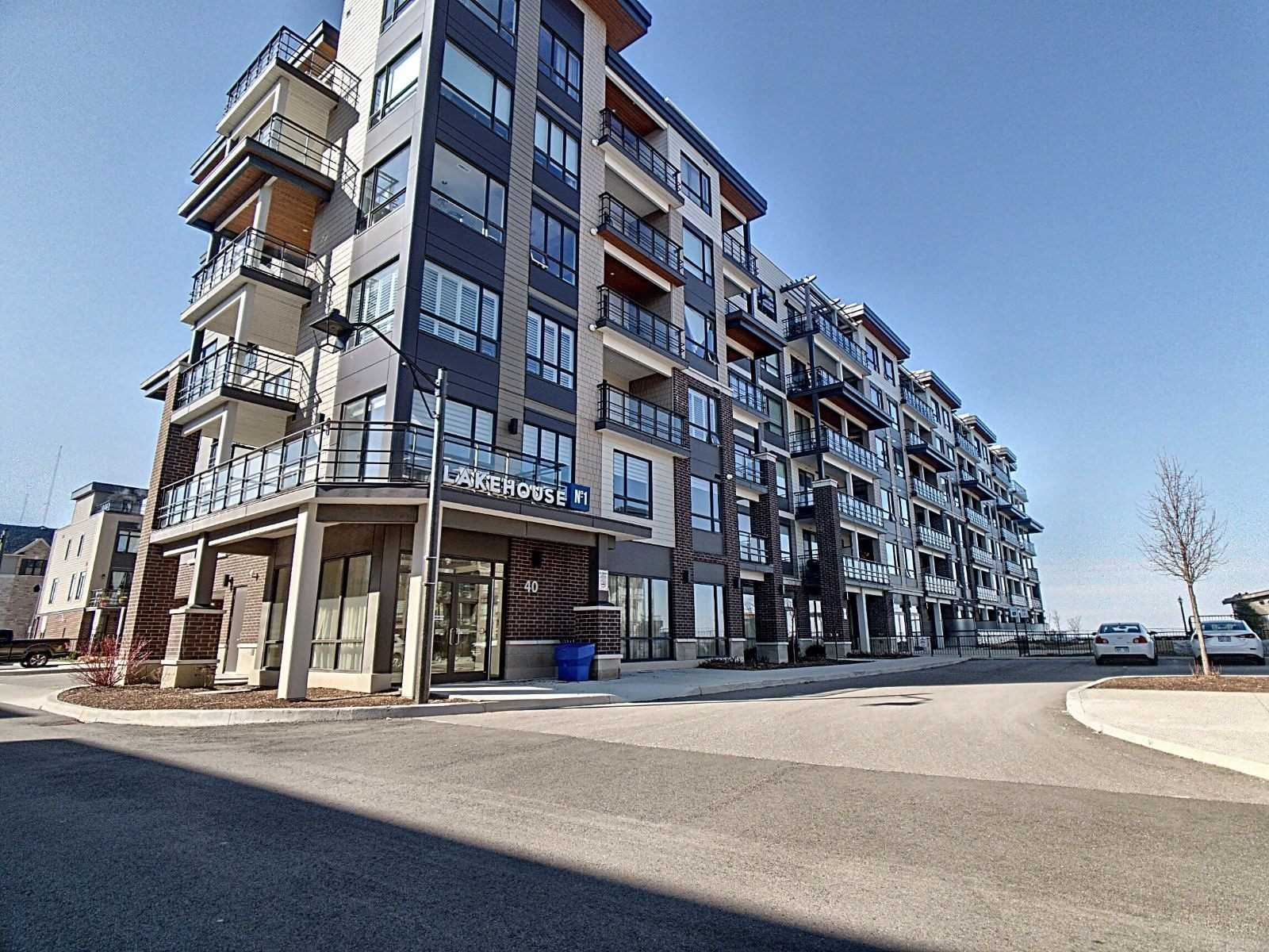 Image 1 of 20 showing inside of 1 Bedroom Condo Apt Multi-Level for Sale at 40 Esplanade Lane Unit# 421, Grimsby L3M0G9