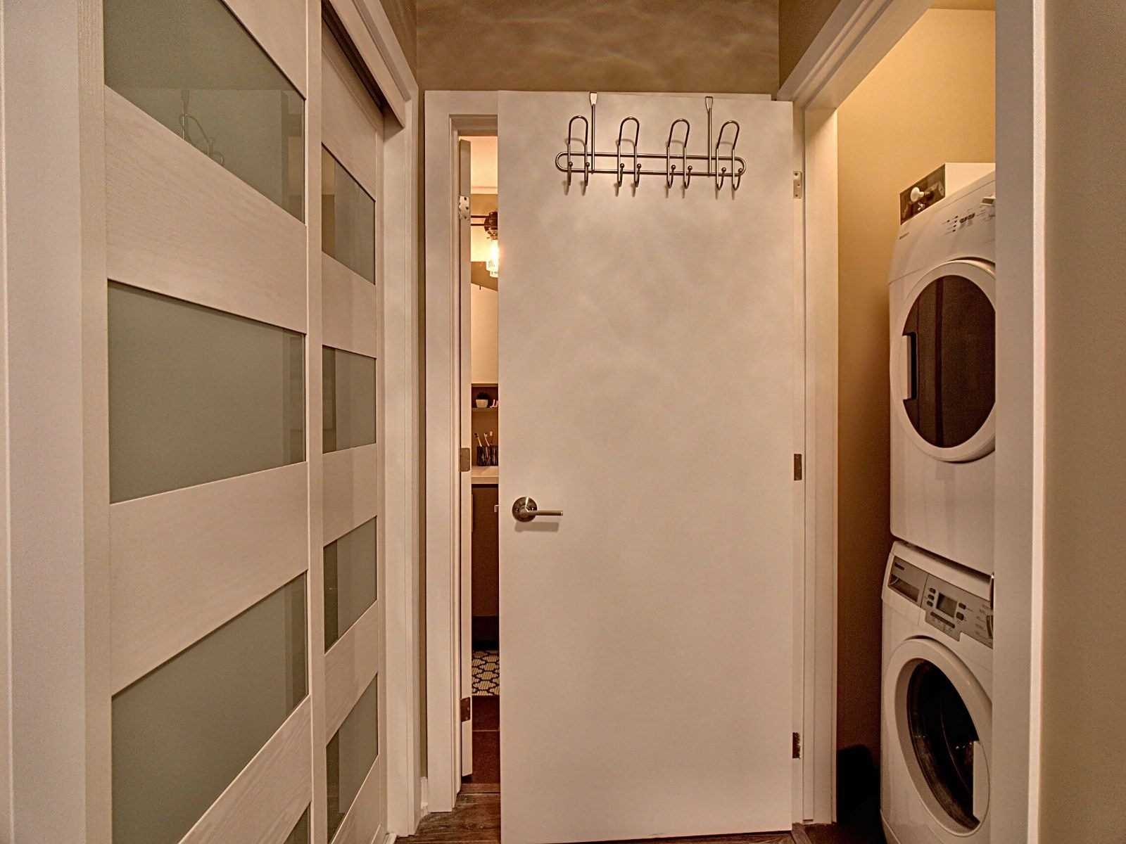 Image 20 of 20 showing inside of 1 Bedroom Condo Apt Multi-Level for Sale at 40 Esplanade Lane Unit# 421, Grimsby L3M0G9