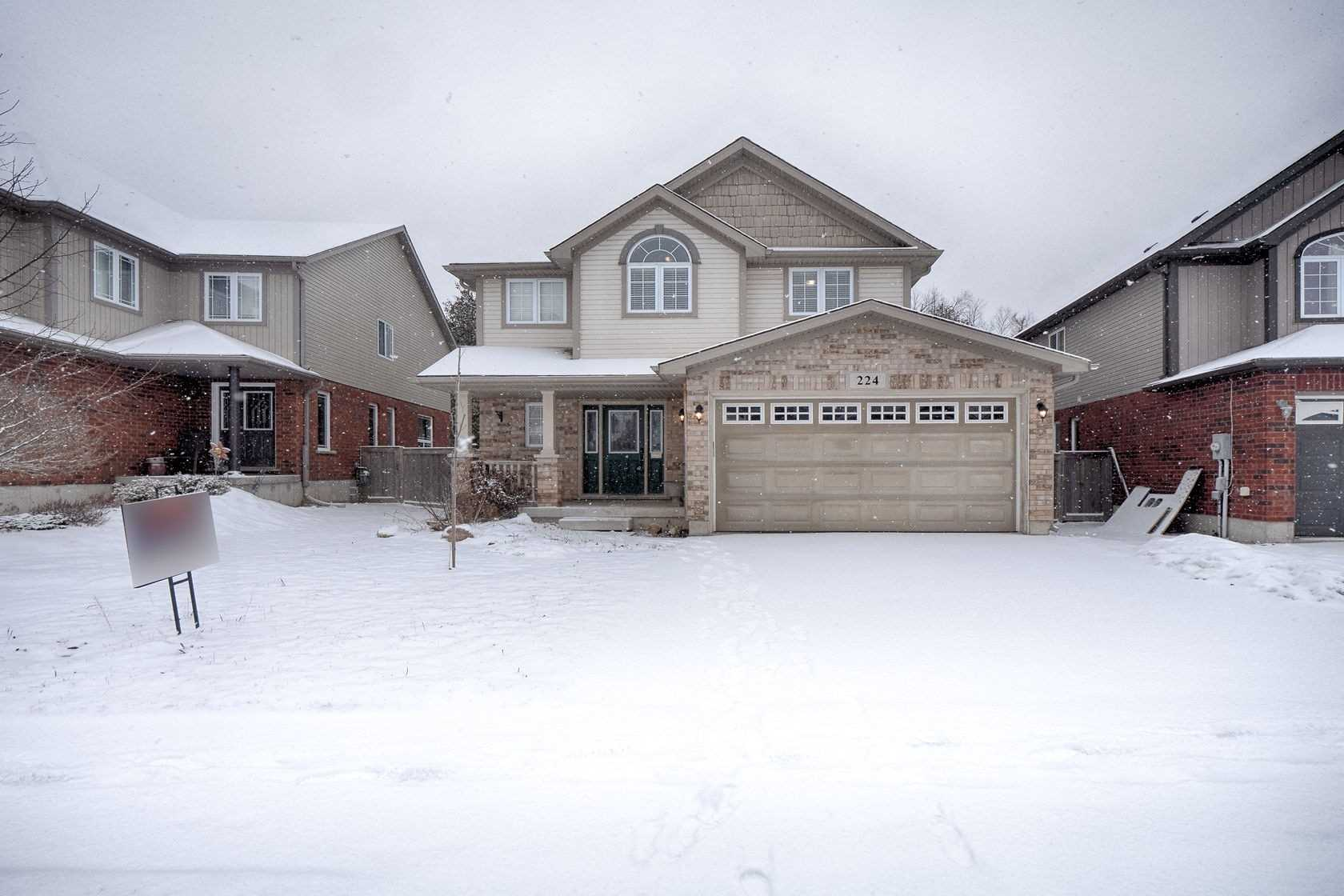 pictures of house for sale MLS: X4729410 located at 224 Muriel St, Shelburne L9V3E4