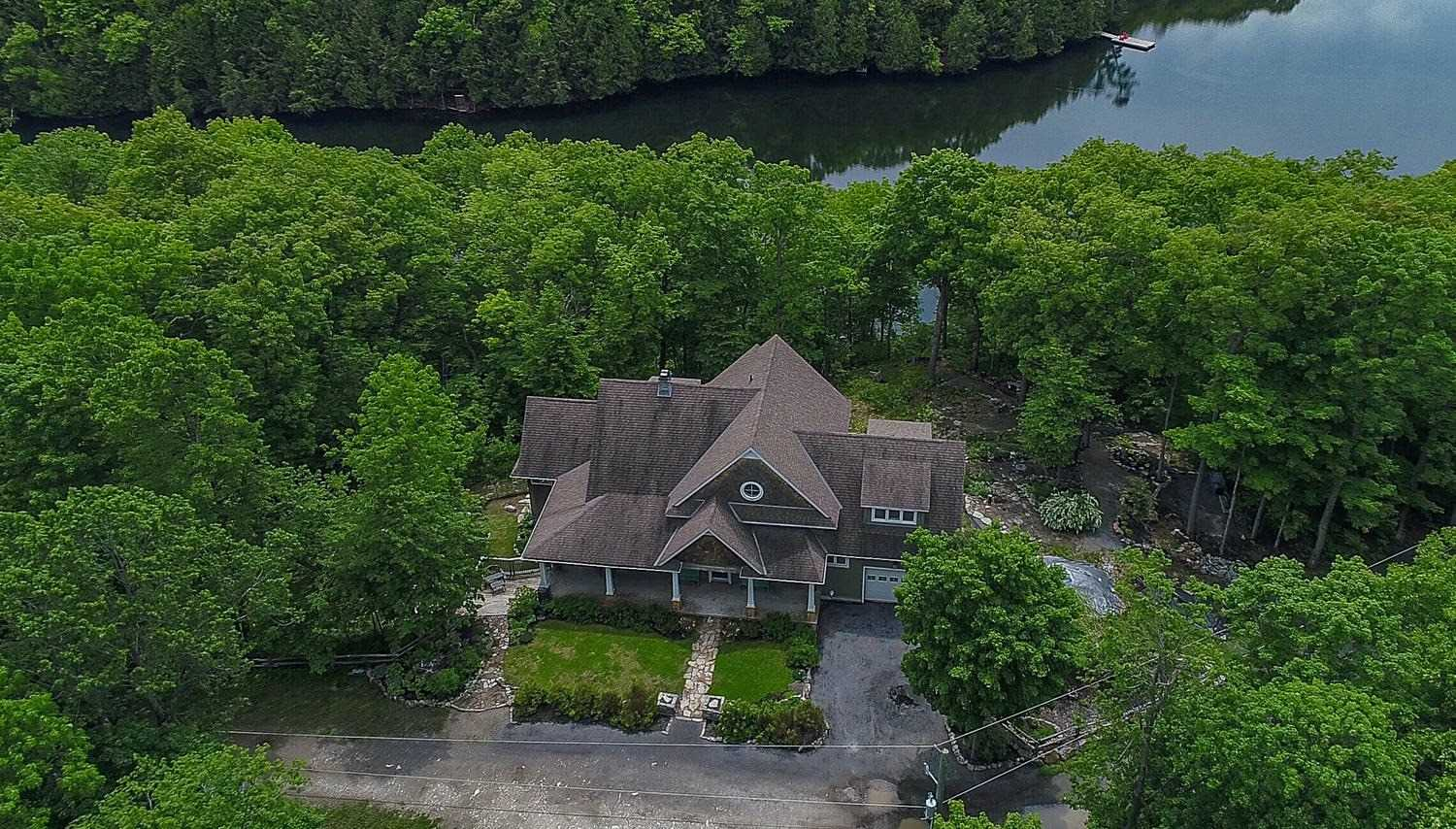 pictures of house for sale MLS: X4729720 located at 72 Alpine Lane, South Frontenac K0G1X0
