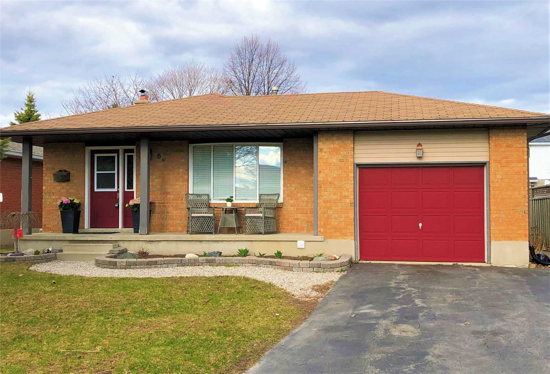 pictures of house for sale MLS: X4731043 located at 59 Oldfield Dr, Kitchener N2A3P3