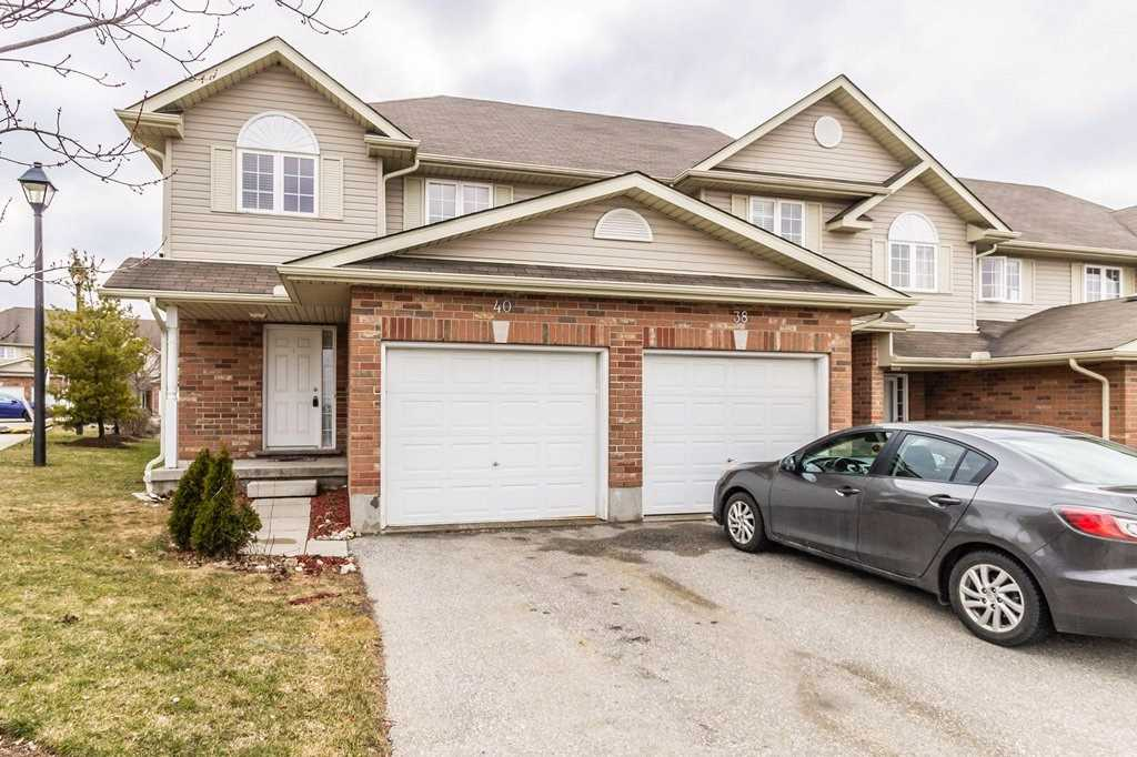 pictures of 40 Fallowfield Dr, Kitchener N2C0A8