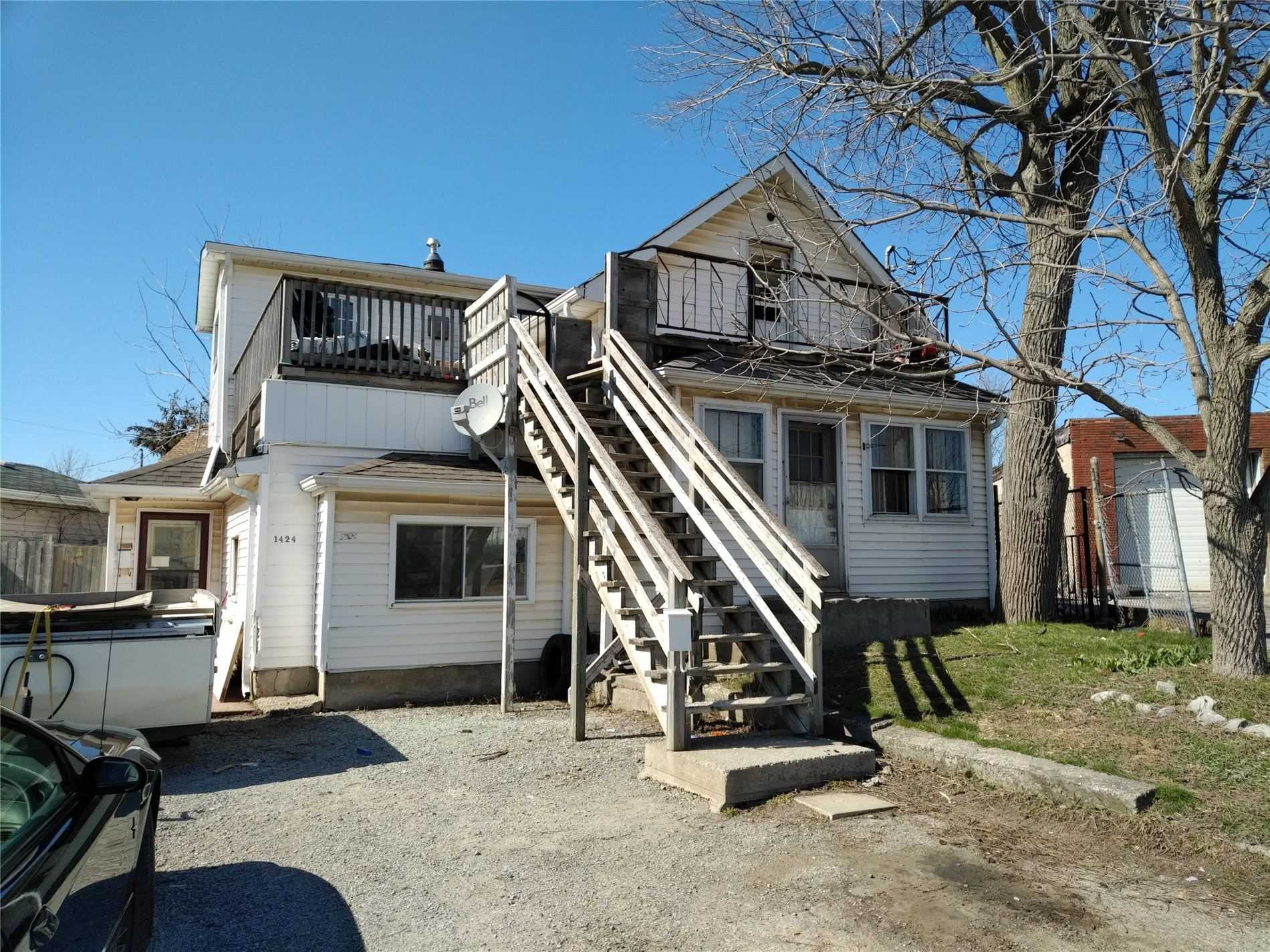 pictures of house for sale MLS: X4732477 located at 1424  Beaverdams Rd, Thorold L2V3Y1