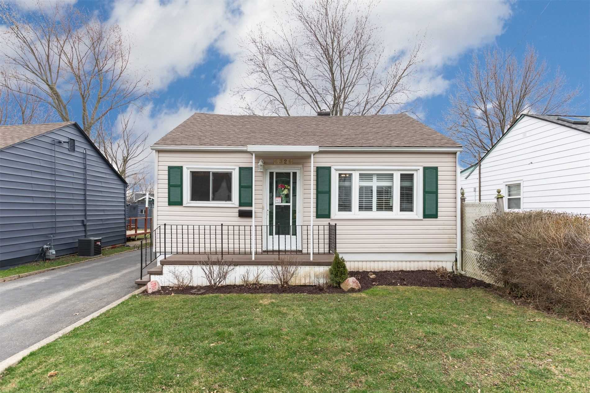 pictures of house for sale MLS: X4733012 located at 6326 Churchill St, Niagara Falls L2G2X4