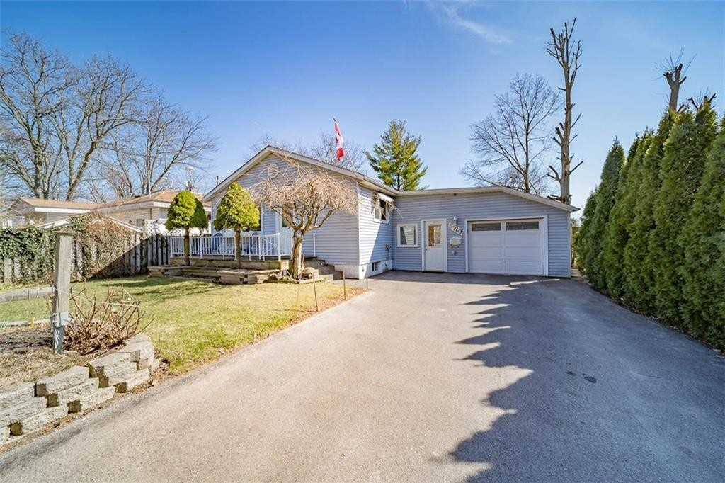 pictures of house for sale MLS: X4734201 located at 5720 Morrison St, Niagara Falls L2E2E9