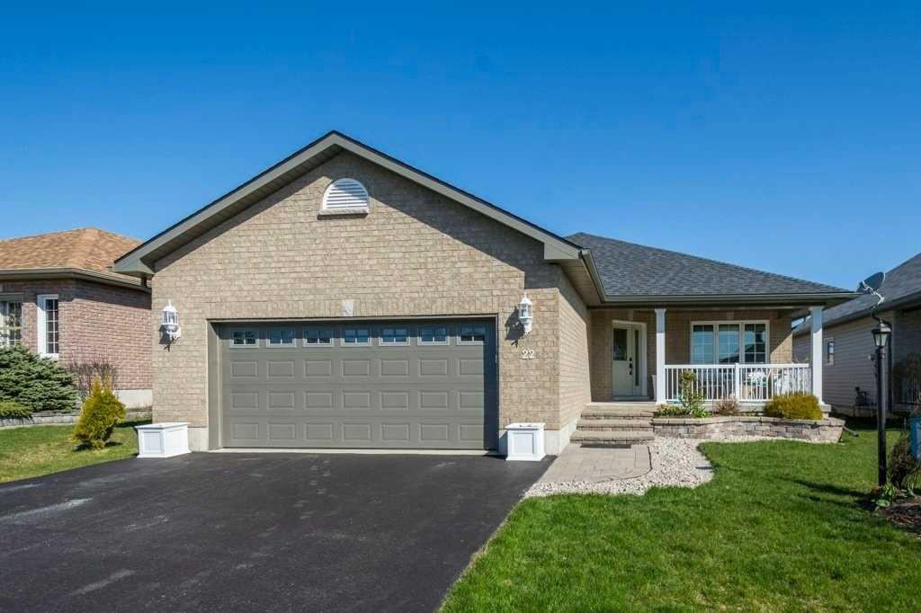 pictures of house for sale MLS: X4750424 located at 22 Mount Grove Cres, Prince Edward County K0K3L0